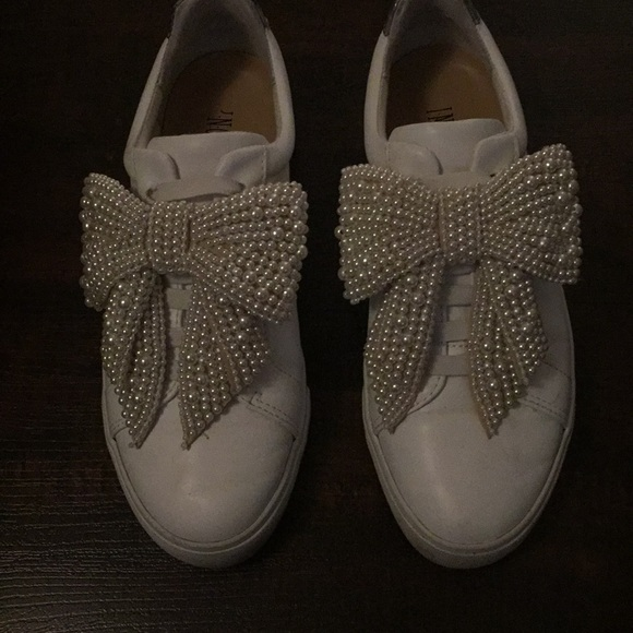 White Dressy Tennis Shoe With Pearl Bow